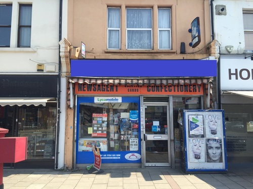 London Properties Are Pleased To Offer To The Market This Empty A1a2 Shop Unit With Three Bedroom Upper Parts Available On A New Lease
