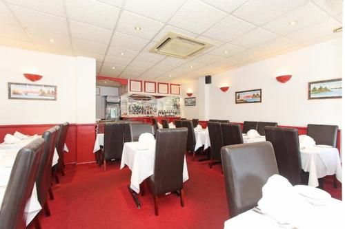 London Properties Are Pleased To Offer To The Market This Well Established Indian Restaurant Trading For 19 Years Located In A Parade In A Large Residential Area And Situated Christchurch Road In Colliers Wood & Within Walking Distance To Colliers Wood Tu